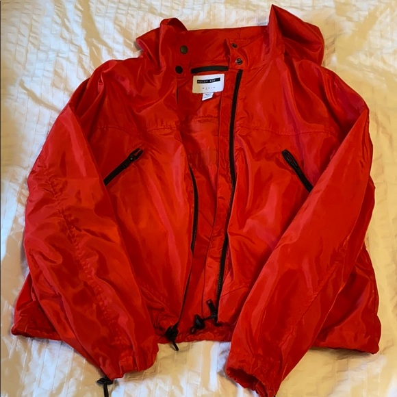 Noisy may rain jacket
